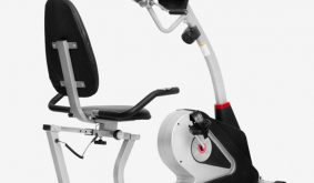 Xe đạp tập thể dục được thiết kế an toàn với người lớn tuổi