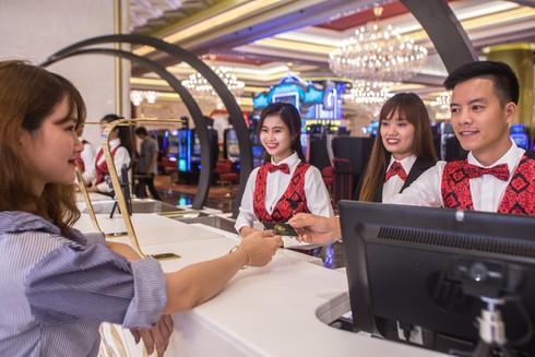 Chứng thực thông tin trước khi vào sảnh Casino